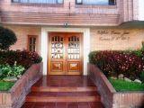 ea_2_Puerta_Principal_del_Edificio_JPG