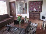 Family_Room_JPG_129517344
